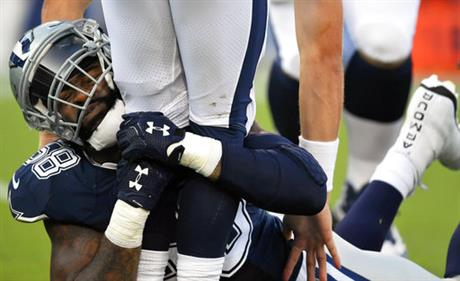 APTOPIX Cowboys Rams Football