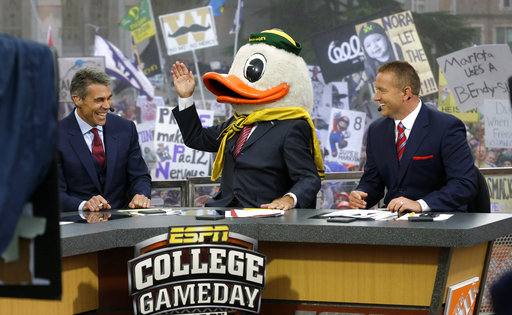 Headgear rules: Lee Corso, 81, signs extension with ESP