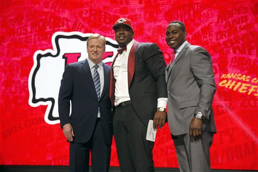 Chris Jones, Roger Goodell, Tony Richardson