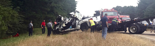 2nd wreck with multiple deaths happens near Mississippi