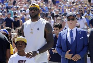 LeBron James, Stan Kroenke