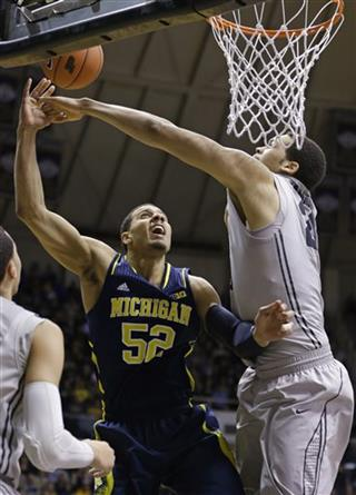 Jordan Morgan, A.J. Hammons
