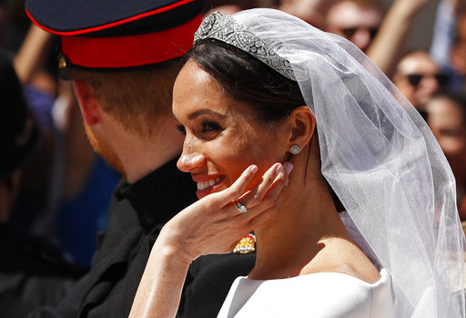 the latest markle s tiara once belonged to queen mary accesswdun com http accesswdun com article 2018 5 672497