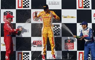 Ryan Hunter-Reay, Helio Castroneves, Scott Dixon