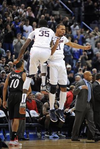 Cincinnati UConn Basketball