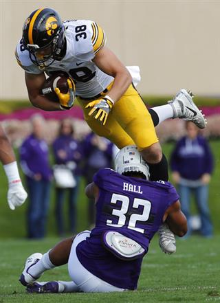 T.J. Hockenson, Nate Hall