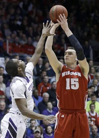 Sam Dekker, Vic Law