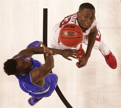 Myles Powell, Moses Kingsley