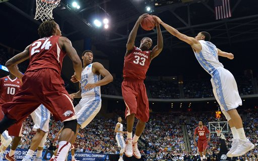 Moses Kingsley, Marcus Paige