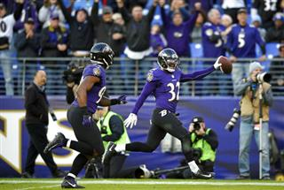 Eric Weddle, Matt Judon