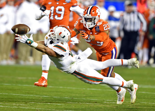 Braxton Berrios, Van Smith