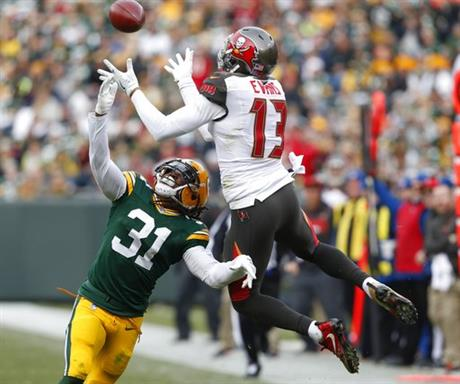 APTOPIX Buccaneers Packers Football