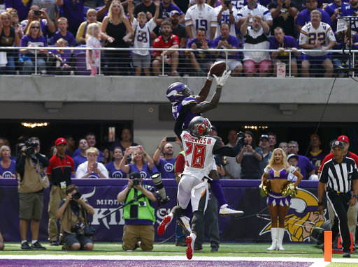 Stefon Diggs, Vernon Hargreaves