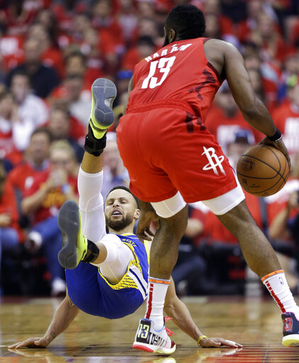 65043bf59329 Harden scores 38 as Rockets even series with Warriors