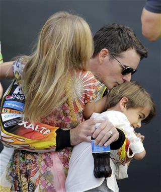 Jeff Gordon, Leo and Ella Gordon