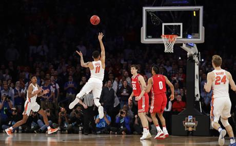 NCAA In the Clutch Basketball