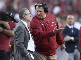 Bret Bielema, Jeff Long