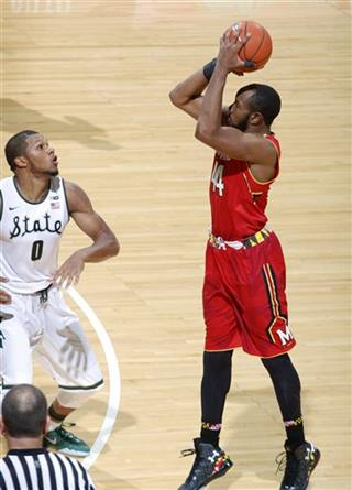 Dez Wells, Marvin Clark Jr.