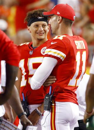 Patrick Mahomes, Alex Smith