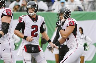 Matt Ryan, Austin Hooper