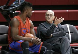 Semi Ojeleye, Larry Brown