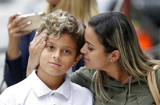 Asylum For Nerds 10 Things I Hate About 10 Things I Hate: Brazilian Mom, Son Separated At Border Reunited In Chic
