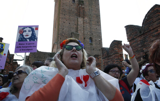 Conservative congress on family sharply divides Italy