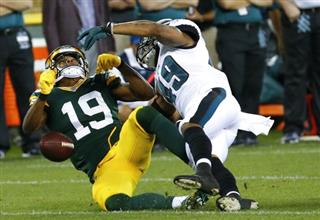 APTOPIX Eagles Packers Football