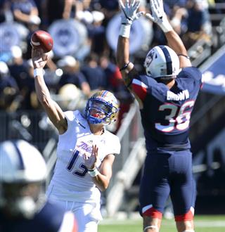 Tulsa UConn Football
