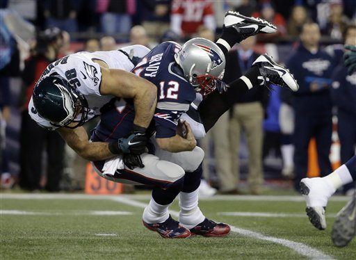 Connor Barwin, Tom Brady