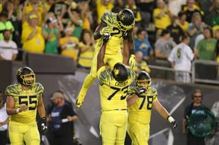 Royce Freeman, Tyrell Crosby