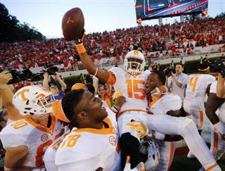 Jauan Jennings, Kyle Phillips, Charles Mosley