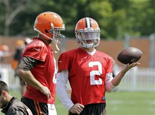 Johnny Manziel, Brian Hoyer